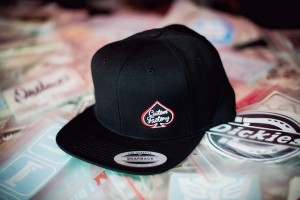 CUSTOM FACTORY - Czapka Snapback CF BLACK
